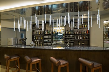 Best Western Plus Lex Cebu Hotel Bar
