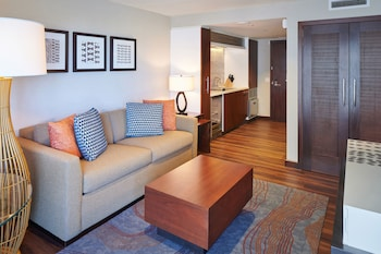 Suite, 1 Bedroom, Accessible, Non Smoking (2 Double Beds, Roll-in Shower)