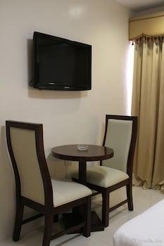 Devera Hotel Angeles Room Amenity