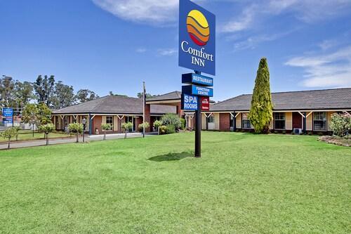 . Comfort Inn Bushmans