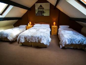 Dört Kişilik Oda, Banyolu/duşlu (room Only)