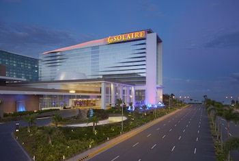 Solaire Hotel Manila Front of Property - Evening/Night