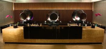 Solaire Hotel Manila Spa Reception