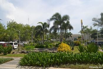 Microtel Gensan Garden