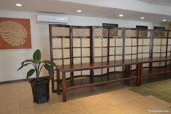 Microtel Gensan Hotel Interior