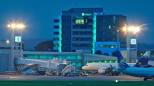 __{offers.Best_flights}__ Holiday Inn Guayaquil Airport