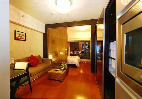 . Private-Enjoyed Home-U Hotel Apartment