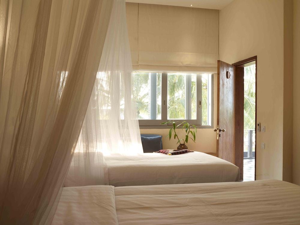 https://i.travelapi.com/hotels/6000000/5980000/5971200/5971123/143bdc94_z.jpg