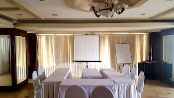 Lourdes Suites Makati Meeting Facility