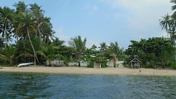 Ucoy Beach Resort Libertad Beach