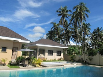 Ucoy Beach Resort Libertad Exterior