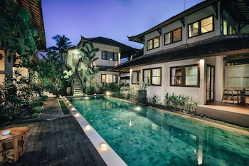 Hotel - Munari Resort & Spa