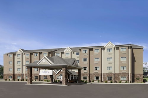 . Microtel Inn & Suites St Clairsville