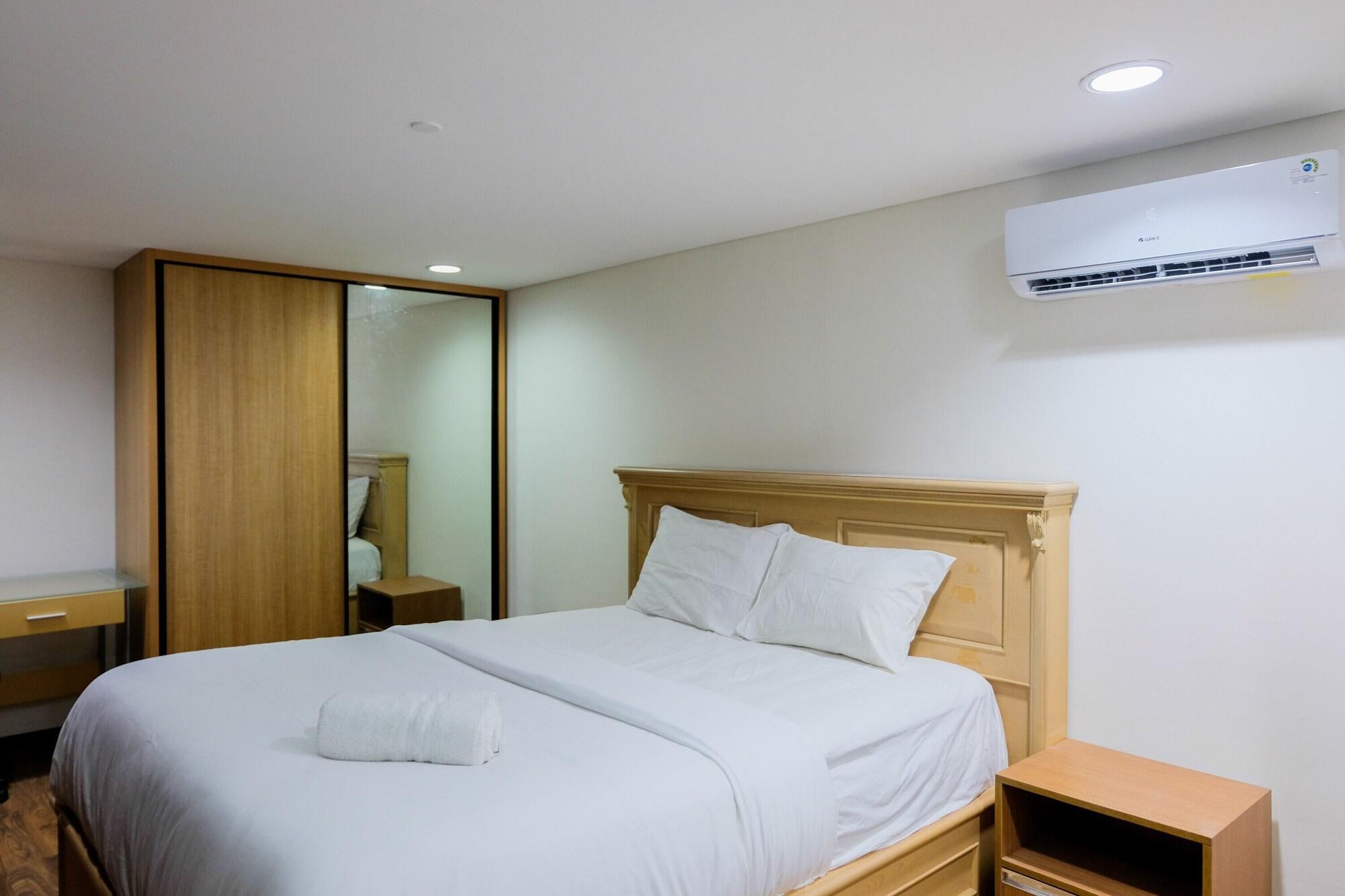 New Furnished 1BR SOHO with Sofa Bed at Brooklyn Apartment, Tangerang Selatan