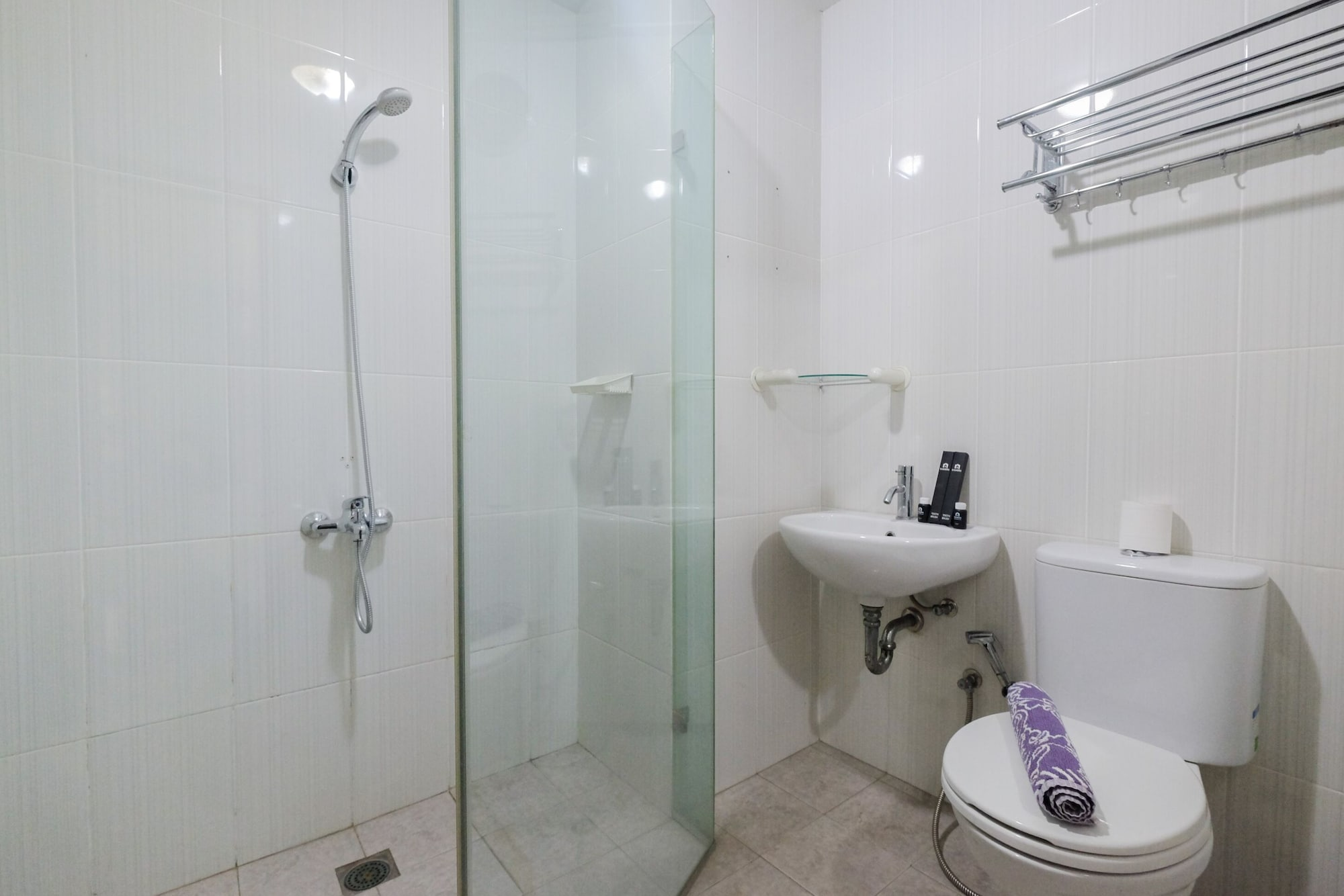 Best Price Studio Apartment at Tamansari Semanggi, South Jakarta