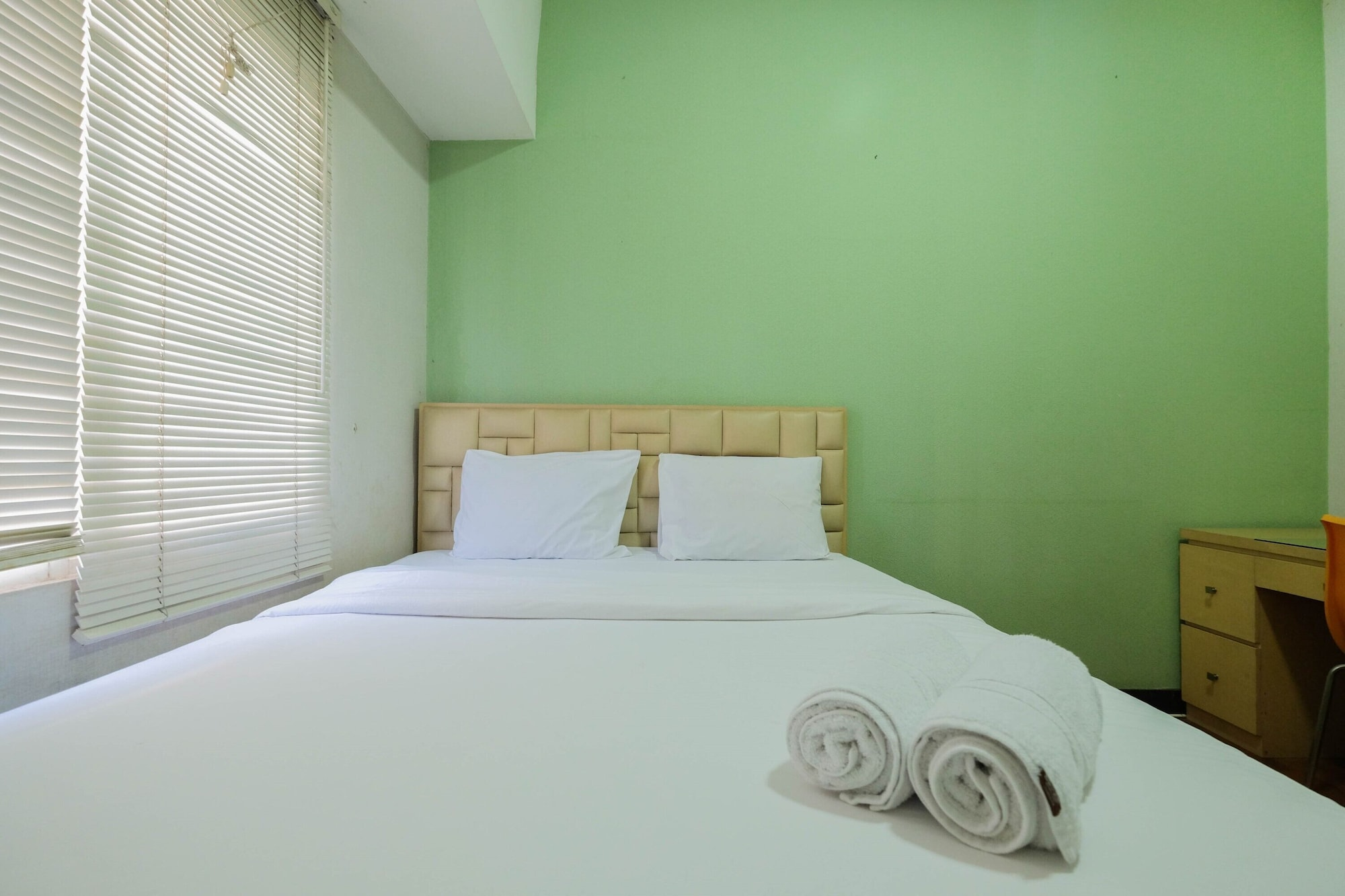 Spacious and Cozy 3BR Poins Square Apartment, South Jakarta
