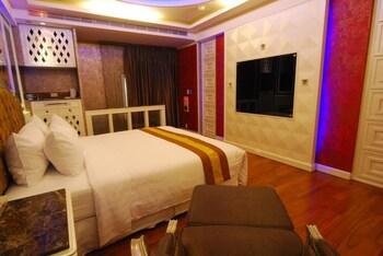 Mucha Motel