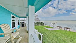 The At Salt Lake Fishing Pier & Grill 2 Bedroom Home
