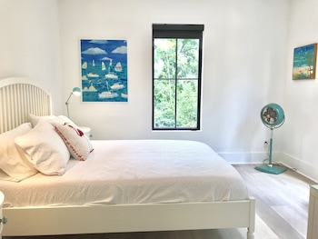 Tidal Suite 1 Br 1 Bath 1 Den Free Kayaks Paddleboards No Cleaning Fee