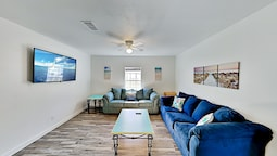 Updated With Firepit Walk To Fulton Beach 3 Bedroom Home