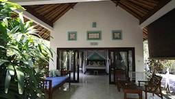 Kirana Homestay - Breeze Bungalow