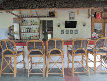 Moalboal Beach Resort Bar