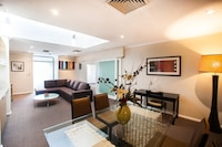 King Business Spa Suite