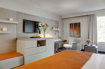 Superior Room, 1 King Bed, City View (Superior King)