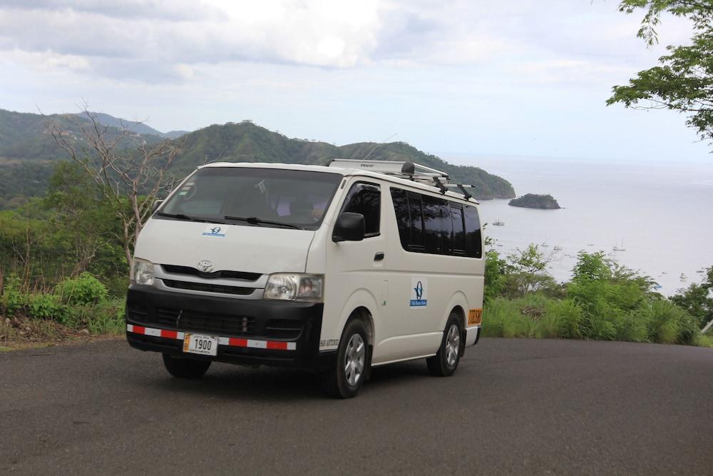 https://i.travelapi.com/hotels/7000000/6030000/6024100/6024017/dd355988_z.jpg