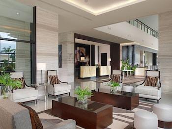 Seda Abreeza Davao Lobby Sitting Area