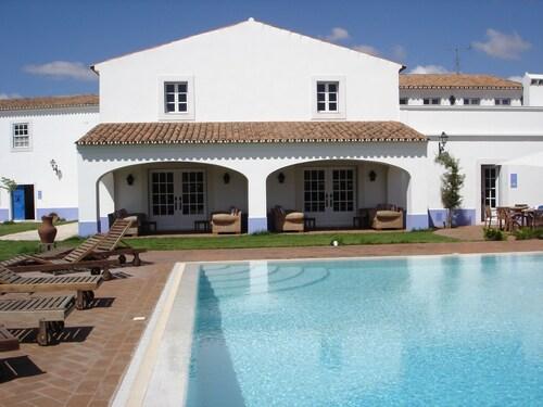 __{offers.Best_flights}__ Monte da Rosada