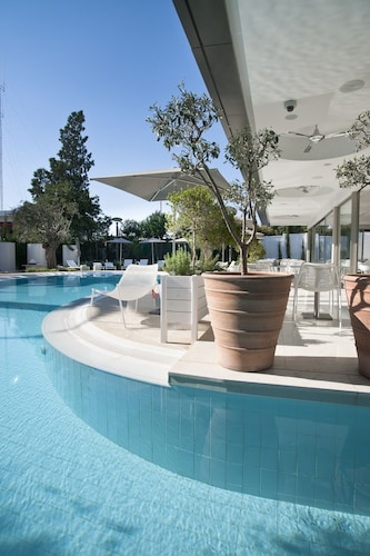 __{offers.Best_flights}__ Alasia Hotel