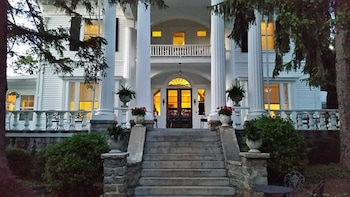 Albemarle Inn photo