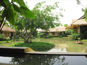 IngNatee Resort