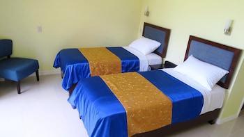 Caimito Beach Hotel Maasin Room