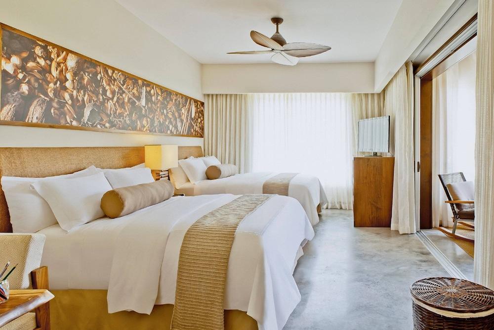 https://i.travelapi.com/hotels/7000000/6060000/6052400/6052327/74a61f64_z.jpg