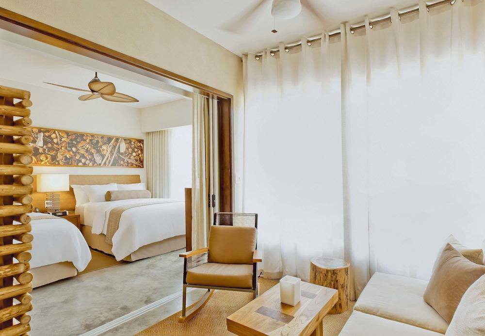 https://i.travelapi.com/hotels/7000000/6060000/6052400/6052327/bd5801dd_z.jpg