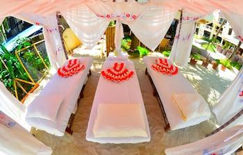 Ambassador In Paradise Resort Boracay Massage