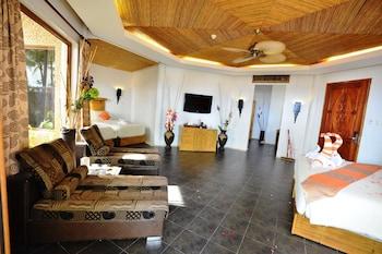 Ambassador In Paradise Resort Boracay Room