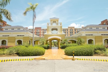 Chateau Elysee - Seine Cluster Manila Property Grounds