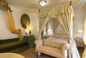 Standard Suite (Princess Pia)