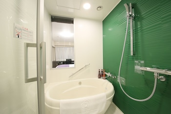 DAIWA ROYNET HOTEL OSAKA KITAHAMA Bathroom Shower