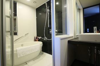 DAIWA ROYNET HOTEL OSAKA KITAHAMA Bathroom