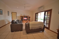 Panoramic House, 4 Bedrooms, Valley View, Mountainside