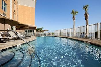 Hotel - Cambria Hotel Miami Airport - Blue Lagoon
