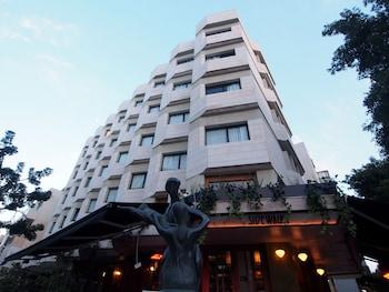 Hotel - 130 Rock Apartments