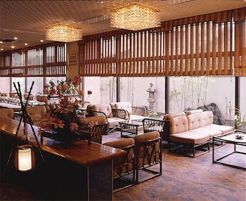 IWASO Lobby Sitting Area