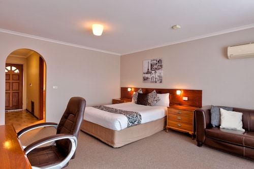 Hume Country Motor Inn, Albury