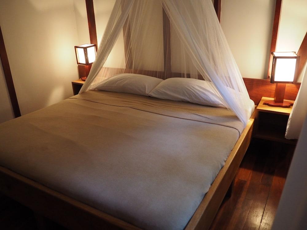 https://i.travelapi.com/hotels/7000000/6100000/6098500/6098415/682e6694_z.jpg