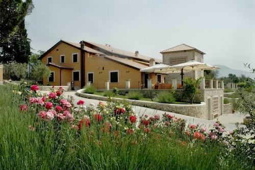 . Vallantica Resort & Spa